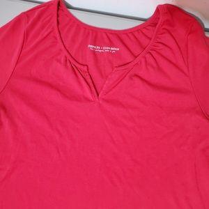 Penningtons 2X pink shape fit short sleeve Top